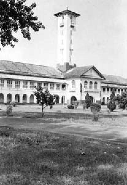 1970_Campus_1