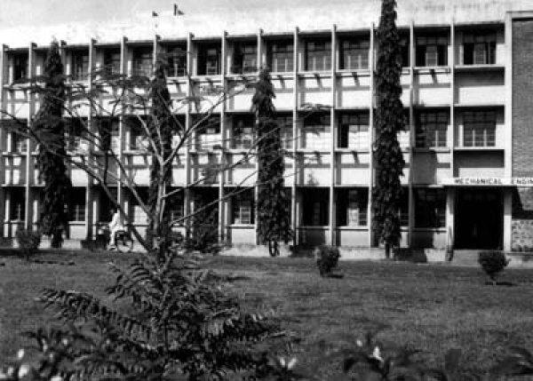 1970_Campus_8