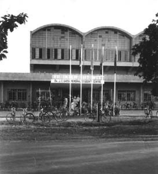 1970_Campus_11